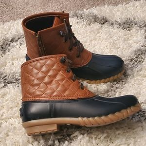 Nautica Quilted Duck Boots
